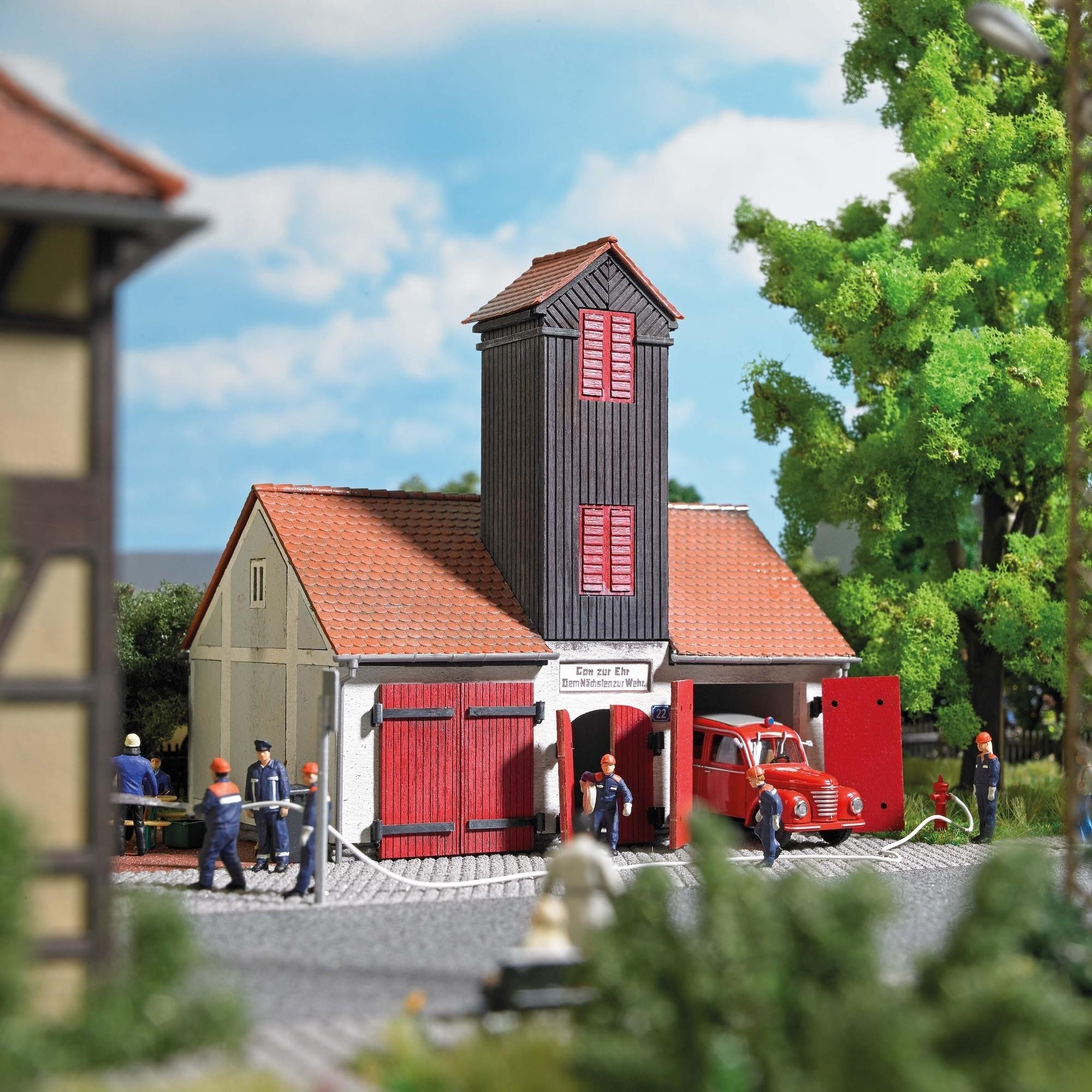 Busch H0 De stad en het dorp