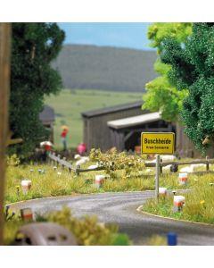 Busch H0 10 Wegstenen met wegdek 1122
