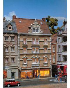 Faller Stadshuis Allianz en Thee en kruidenwinkel 130448
