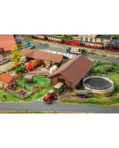 Faller H0 Landbouwbedrijf 130574