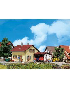 Faller Buitenhuis met uitbouw 131358