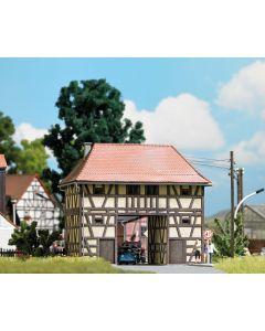 Busch H0 Huis met passage Ickelheim 1650