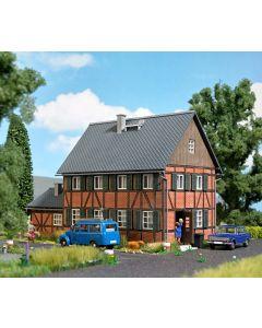 Busch H0 Woonhuis met aanbouw 1657