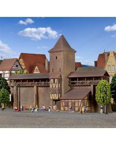 Kibri N Verdedigingstoren met muur in Rothenburg   37108