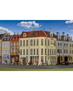 Kibri H0 Hoekhuis Nikis schoonheidssalon in Düsseldorf   38391