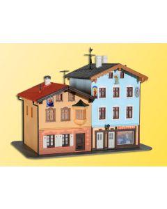 Kibri H0 Herenhuis en bibliotheek in Tölz   38818
