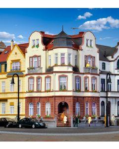 Kibri H0 Hoekhuis diplomatenvilla in Bonn   39100