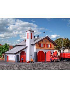 Kibri H0 Brandweerkazerne met dorpshuis   39214