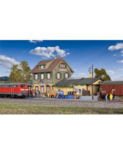Kibri H0 Compleet regionaal station Dettingen 39507