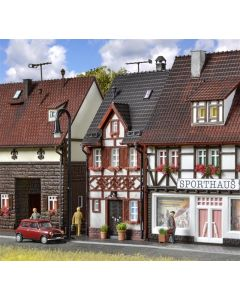 Vollmer H0 Vakwerkhuis Bahnhofstrasse 17 43673
