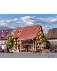 Vollmer H0 dorpswinkel met binnenverlichting 43688