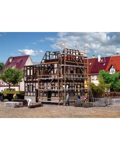 Vollmer H0 Vakwerkhuis in aanbouw 46889