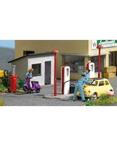 Busch H0 Landelijk tankstation 7832