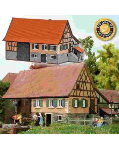 Busch boerenhuis schwarzenw. n 8239