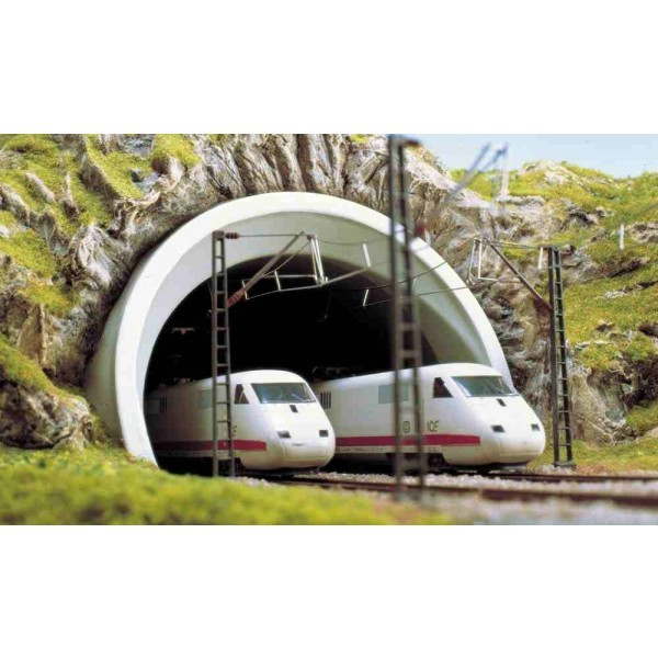 Busch Tunnelportaal